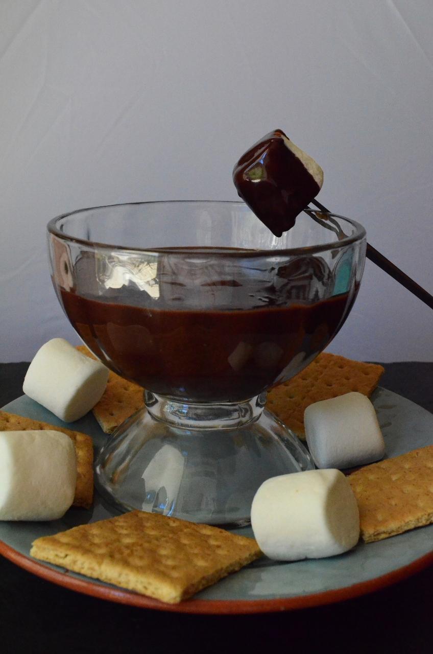 smore-fondue-848x1280